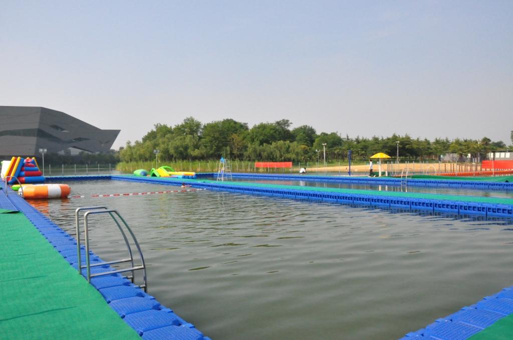 Swimming pool - Tiande Lake Park